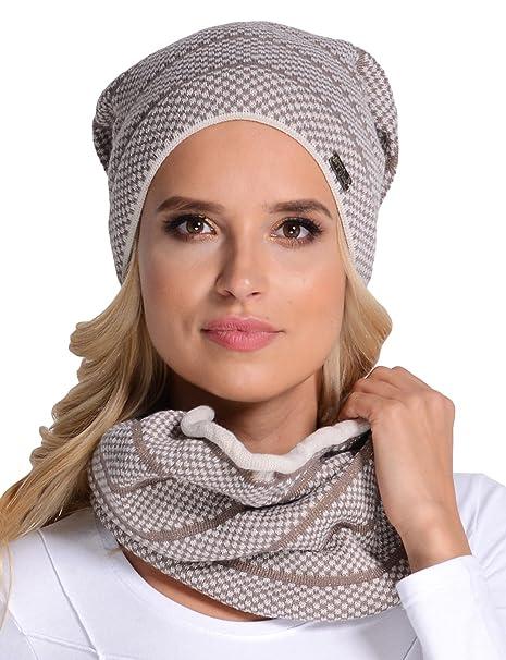 Fil'loo KPL-17-10 Cappello E Scaldacollo Set Invernale 2 Pezzi Motivo A  Quadri - Fabbricato In UE, Beige chiaro,UNI: Amazon.it: Abbigliamento