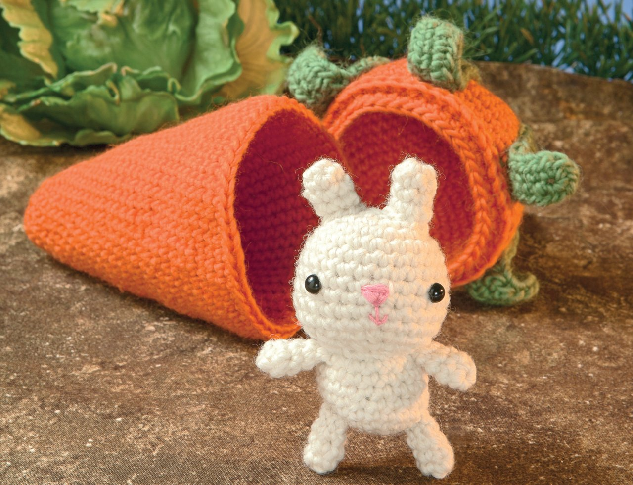 Amigurumi Crochet Books : The big book of little amigurumi: 72 seriously cute patterns to