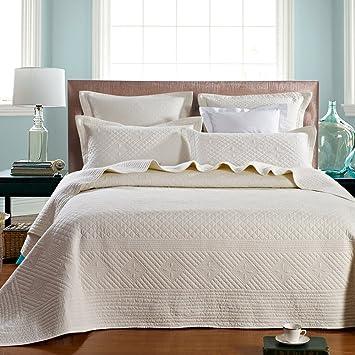 Amazon.com: Calla Angel Saint Ivory Luxury Pure Cotton Quilt, King ... : cotton quilts king - Adamdwight.com