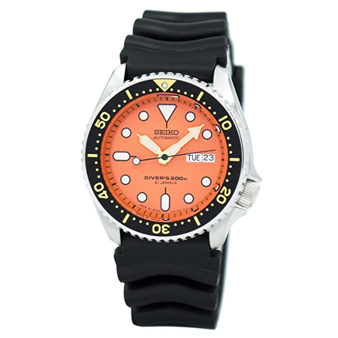 1. Seiko Men's Automatic Sport Watch (SKX011J1)