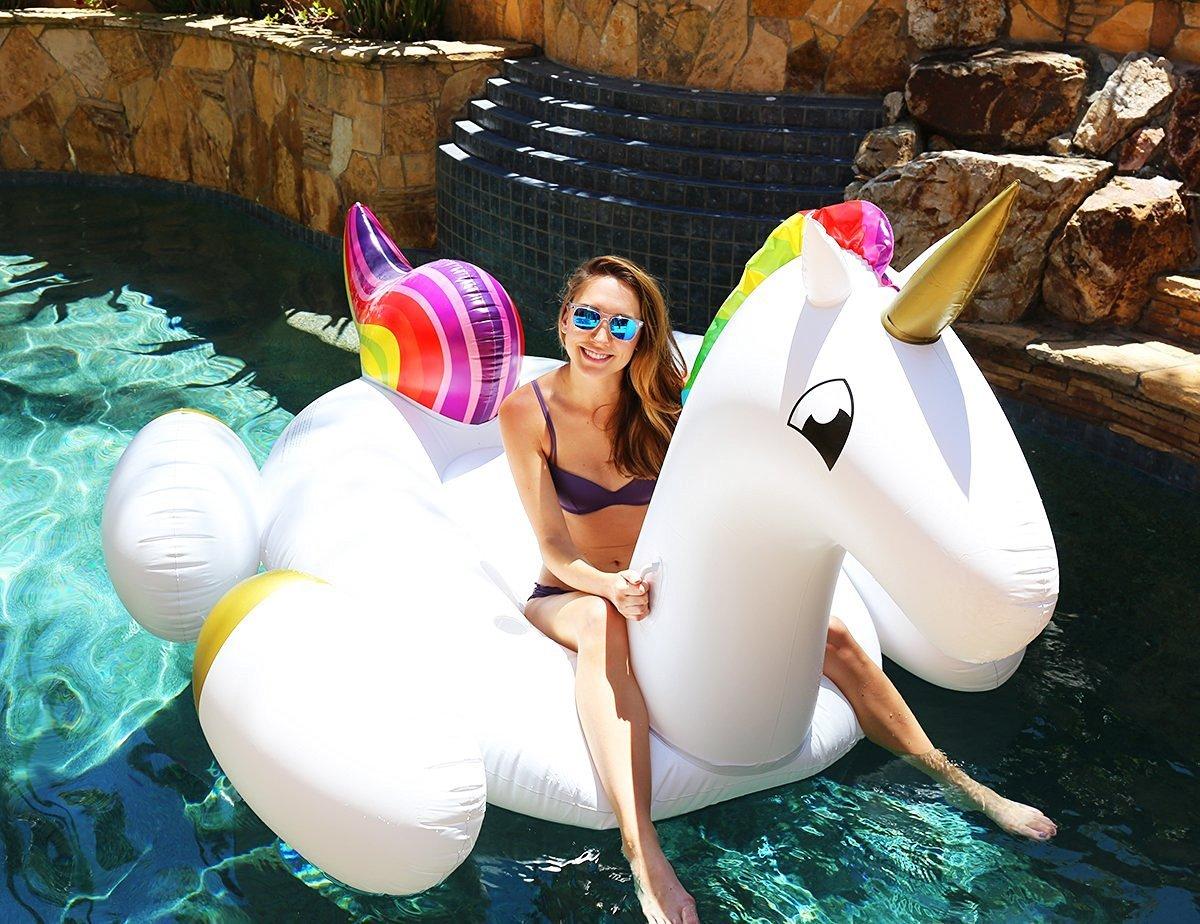 Flotador inflable en forma de unicornio tamaño gigante para la piscina o playa. Unicornio flotador hinchable para la piscina o la playa por Integrity co: ...
