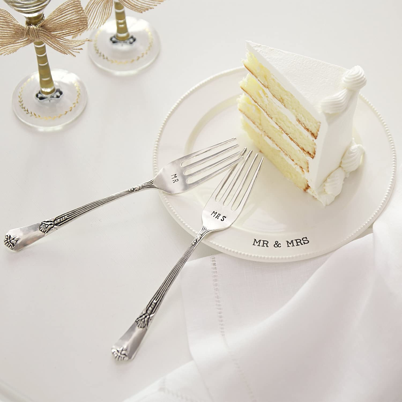 Amazon.com: Mud Pie Mr. & Mrs. Plate & Fork Set, White: Kitchen & Dining