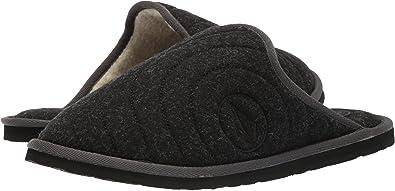0133df2879f Amazon.com  Volcom Men s Slacker 2 Slipper  Shoes
