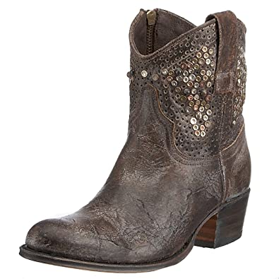 9dc71a74b9c Amazon.com | FRYE Women's Deborah Studded Ankle Boot | Ankle & Bootie