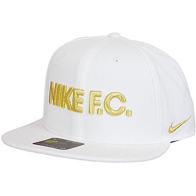 1f0323b43d4 Nike Men Caps   Snapback Cap F.C. True white Adjustable  Amazon.co.uk   Clothing