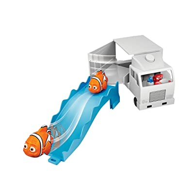 Finding Dory Swigglefish Hank Truck Playset: Toys & Games