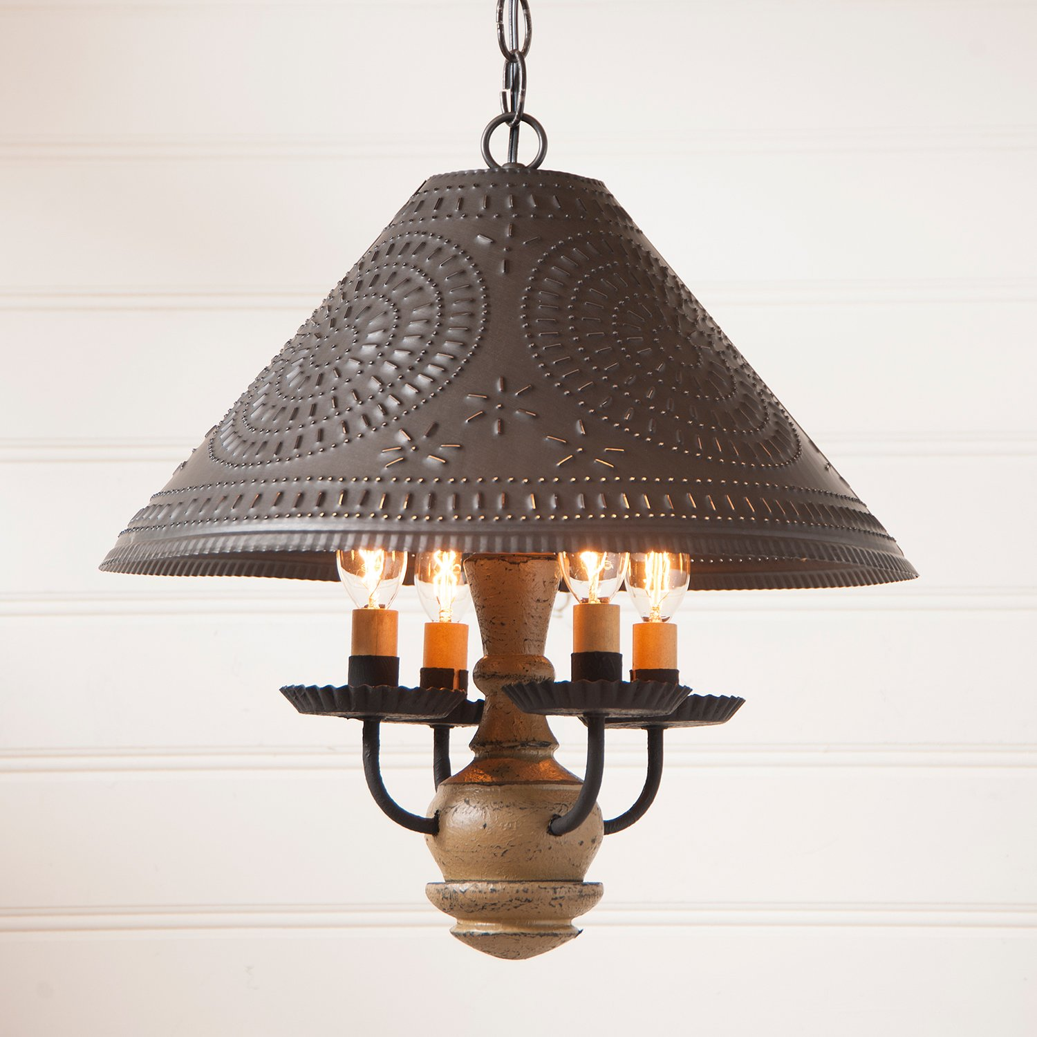 Homespun Shade Light in Pearwood by Irvin's Country Tinware