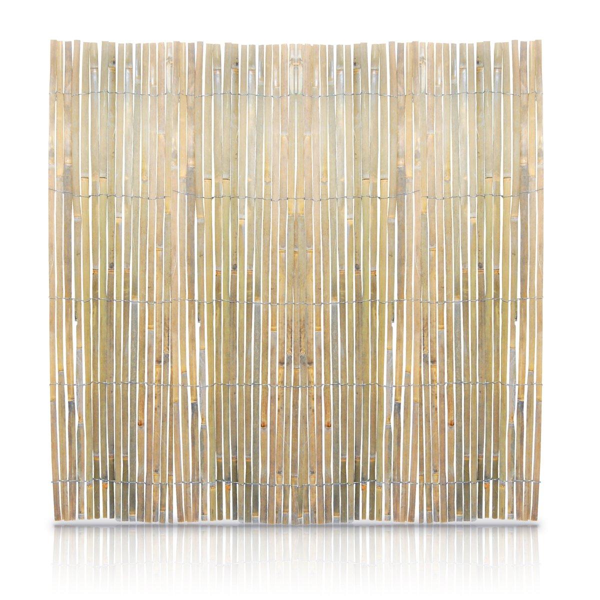 elegant sichtschutz aus dicken bambusrohren einzigartige. Black Bedroom Furniture Sets. Home Design Ideas