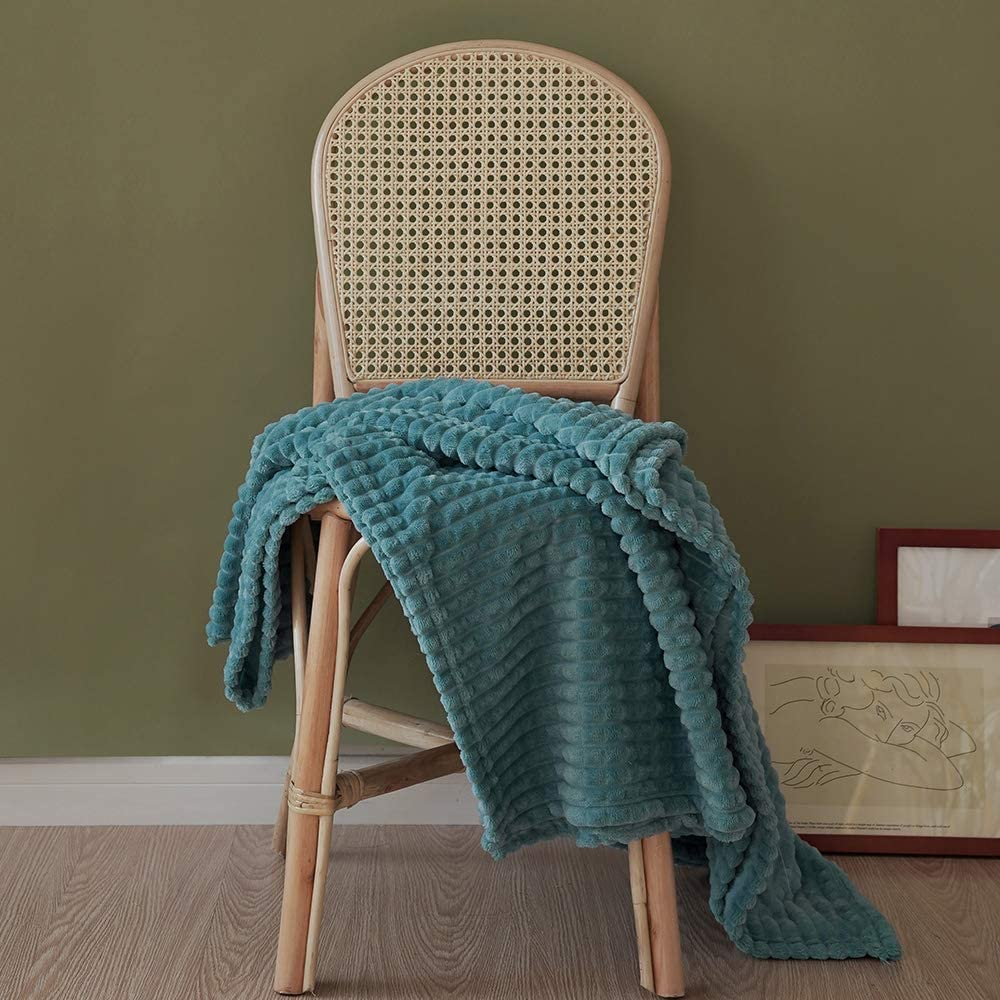 "Simple&Opulence Luxury Flannel Fleece Home Furnishing Throw Blanket (Teal, 50""x70)"