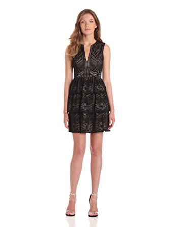 BCBGMAXAZRIA Women's Scarlett Tiered Eyelet Dress, Black, 2