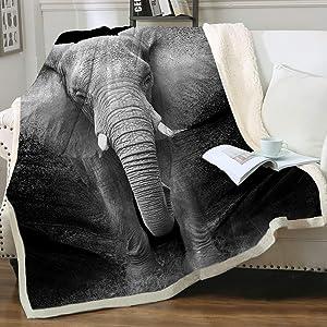 Sleepwish Elephant Blanket Adult Super Soft Cozy Sherpa Fleece Throw Blanket Black White 3D African Elephant Walking Blanket for Men Boys (Throw 50