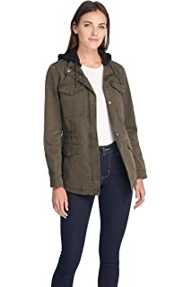 2c8791d5d492 Levi s Women s Cotton Four Pocket Hooded Field Jacket at Amazon ...
