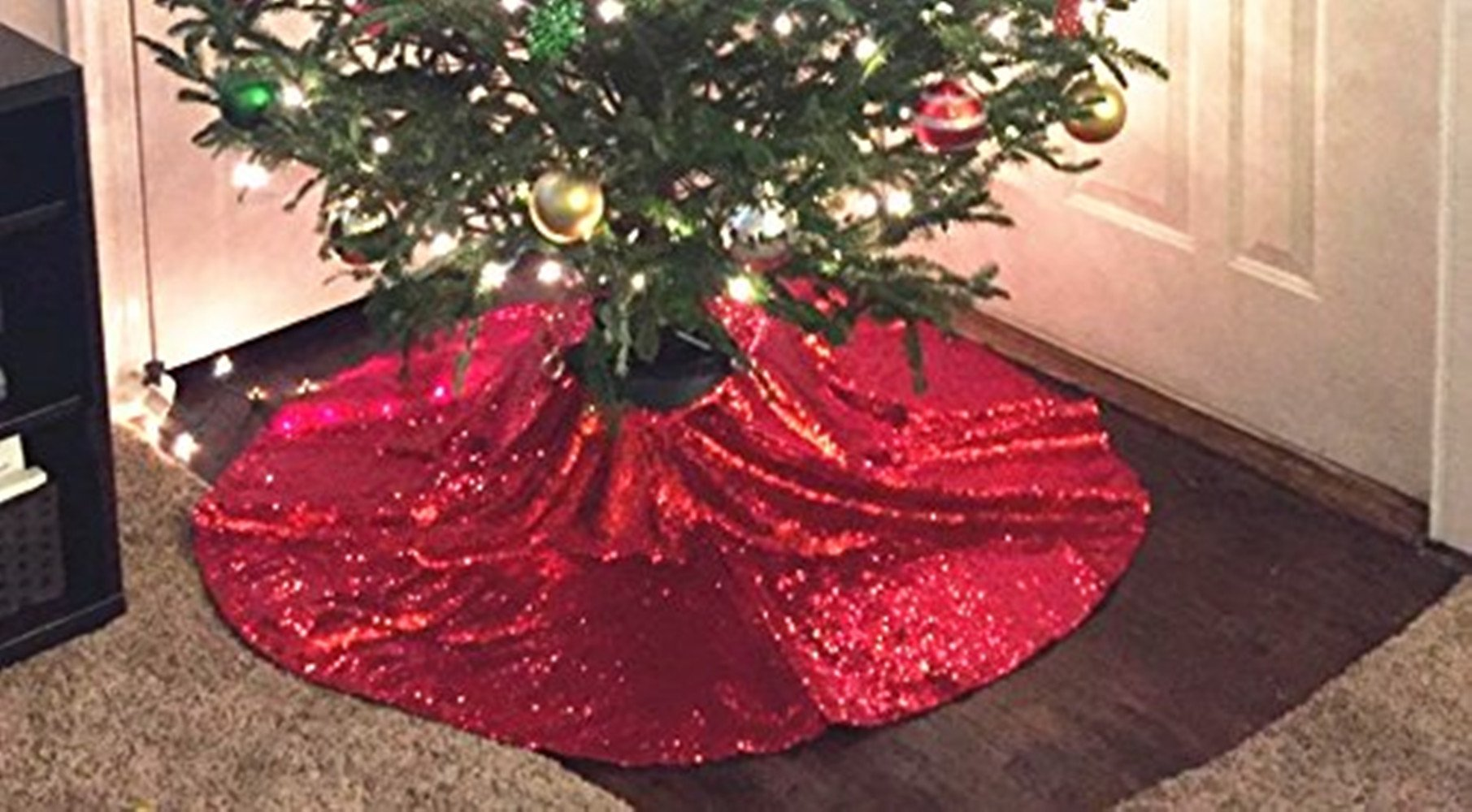 TRLYC 50-Inch Round Embroidery Sequin Christmas Tree Skirt --Red by TRLYC