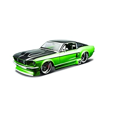 Maisto 1:24 Scale All Star Assembly Line 1967 Ford Mustang GT Diecast Model Kit - Colors May Vary: Toys & Games