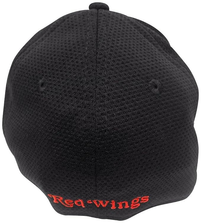79cd465226e20 Amazon.com   Detroit Red Wings Black Tone Tech 2 39THIRTY Flex Fit Hat   Cap  Medium Large   Sports   Outdoors