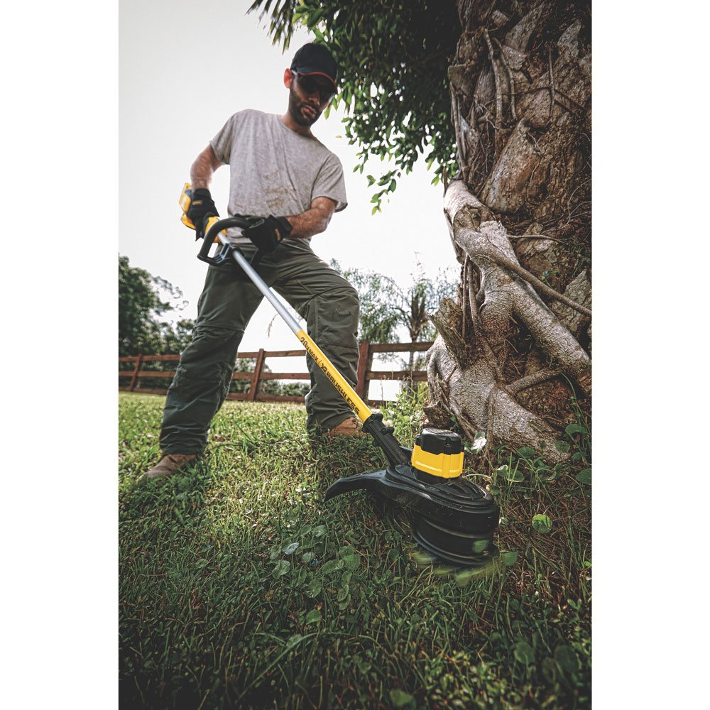 Best Cordless String Trimmer Reviews and Buying Guide in 2020 7