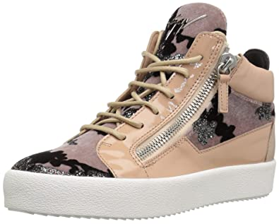 68d949526564d Amazon.com  Giuseppe Zanotti Women s Rw80043 Sneaker  Shoes