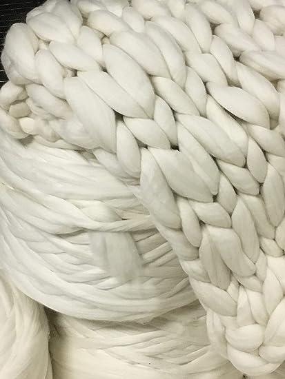 Amazon Com Chunky Yarn Big Yarn Giant Yarn Roving 13 Lb Bulk
