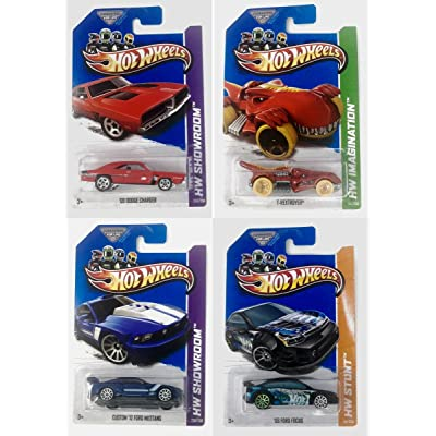 Hot Wheels City Showroom Imagination Stunt 4 Pack Bundle Styles Will Vary: Toys & Games