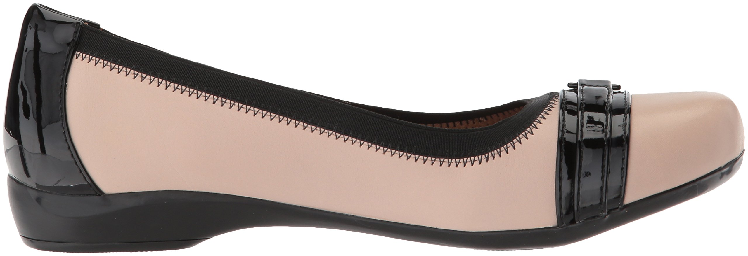 CLARKS Women's Kinzie Light Loafer Flat, Cream Leather/Synthetic Patent, 12 Medium US by CLARKS (Image #7)