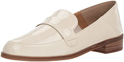 c4c8aaabd Amazon.com   Lucky Brand Women's Chantara Loafer Flat   Shoes