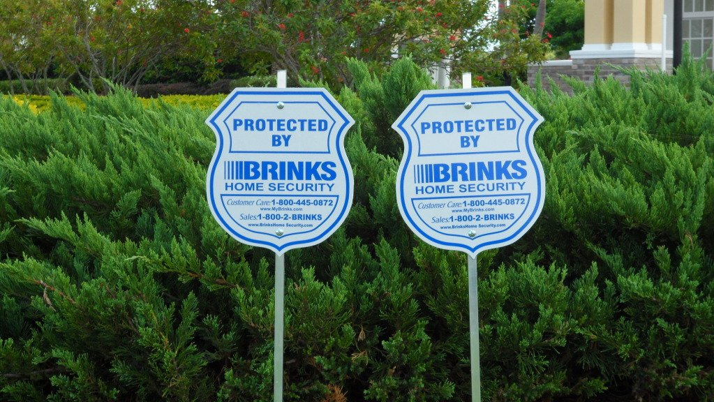 Amazoncom New Brinks Home Security Alarm System Yard Signs - Window stickers for home security