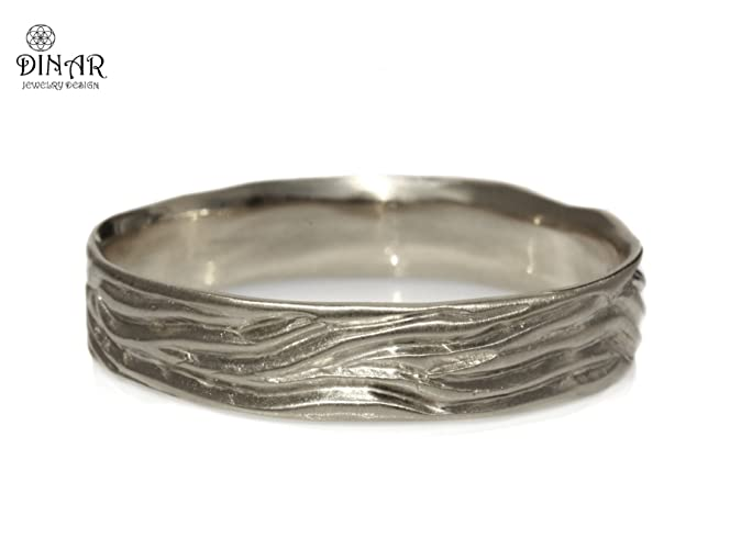 Amazoncom Woodgrain wedding band sterling silver textured wedding
