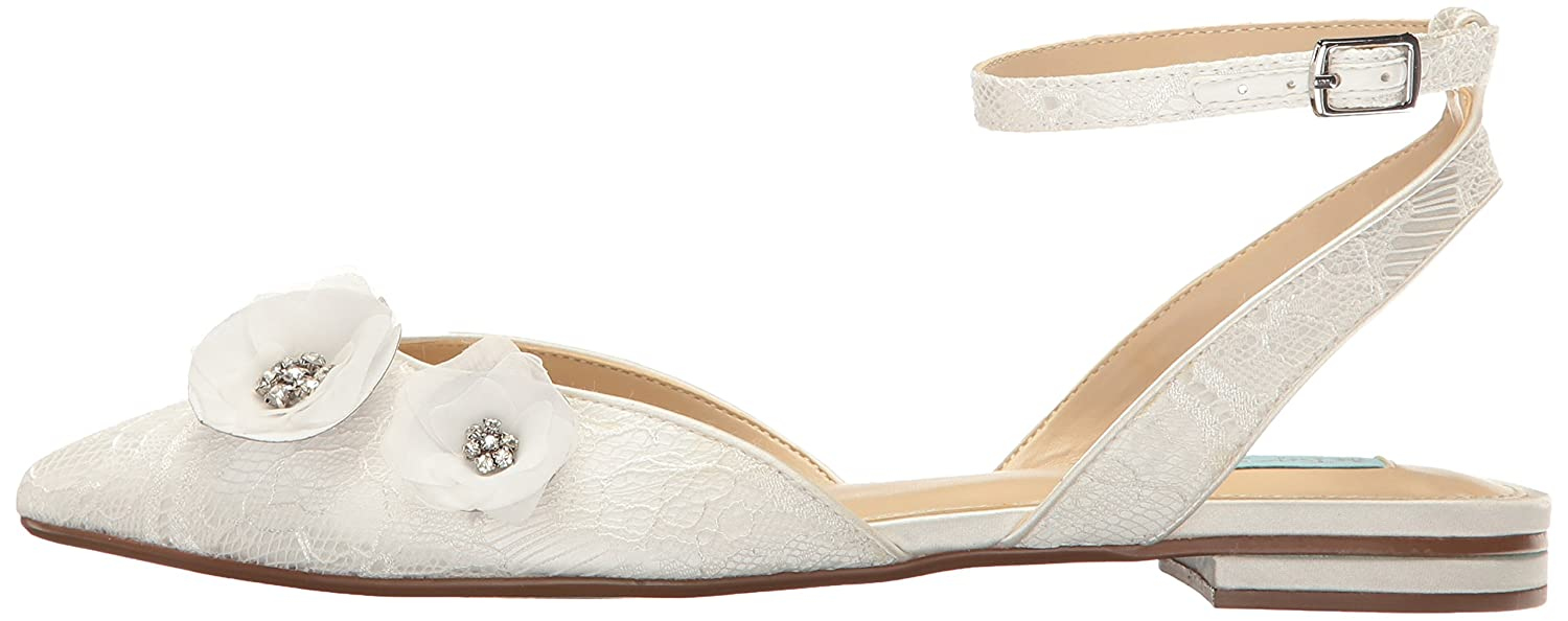 Blue by Betsey Johnson Women's Sb-Willa Pointed Toe Flat B01M0BKJ8G 7 M US|Ivory Satin