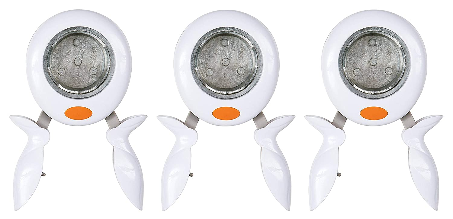 Fiskars 174140-1001 X-Large Squeeze Punch Round n' Round, White Fiskars School Office and Craft Division