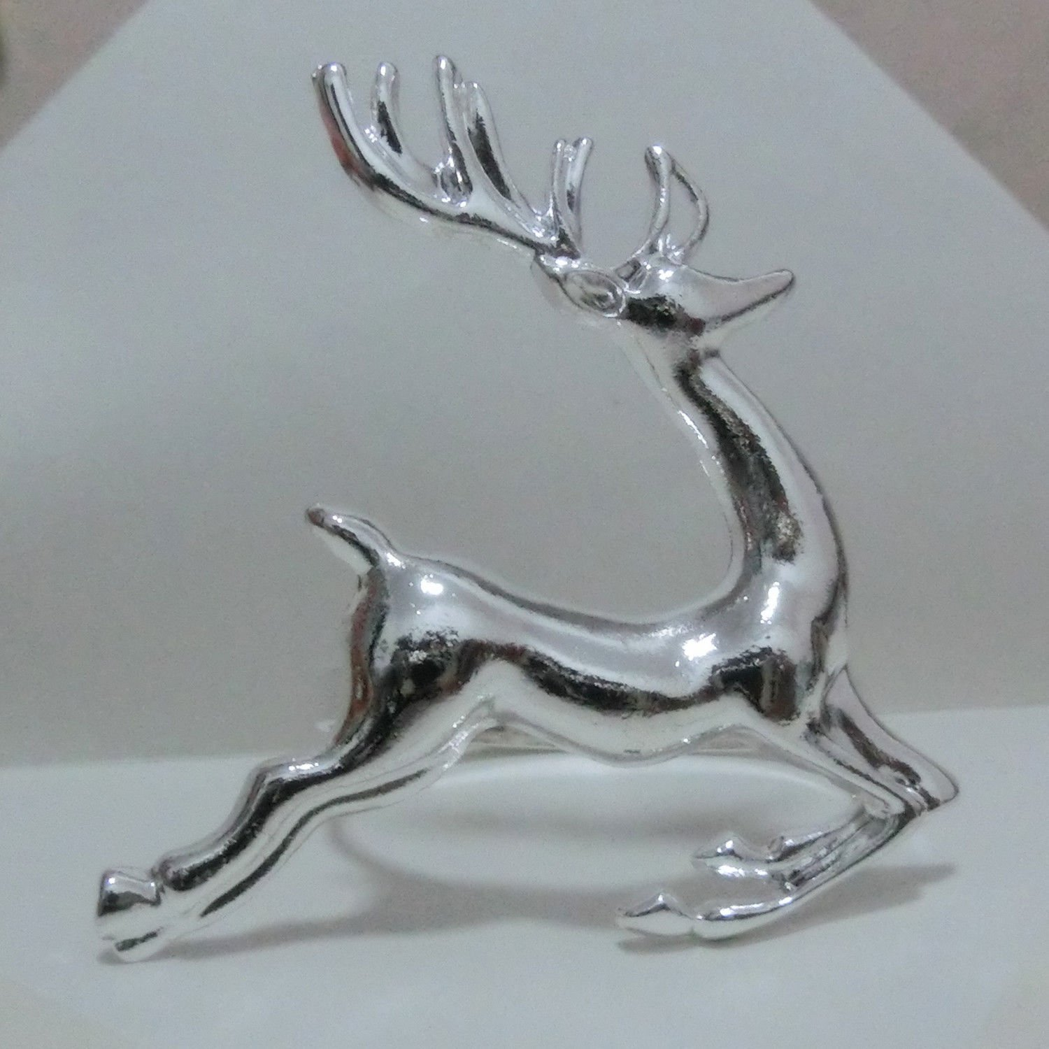 Elehere Silver Deer Napkin Ring Holders for Dinners Parties Everyday Home Table Decoration Accessory Adornment For Wedding SET OF 8
