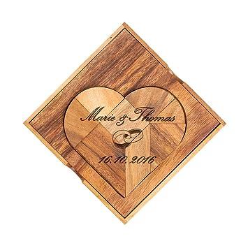 Xxl Herz Puzzle Aus Dunklem Holz Mit Gravur Zur Hochzeit Motiv