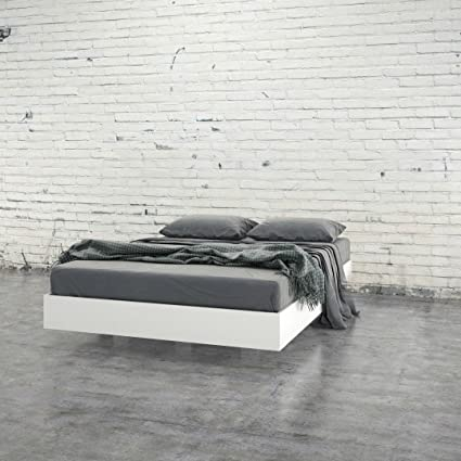 a1839faff34af8 Image Unavailable. Image not available for. Color: StarSun Depot Modern  Floating Style White Platform Bed Frame in Full Size