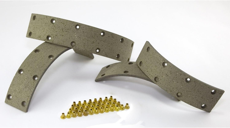Omix-Ada 16727.01 Brake Shoe Set
