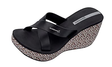 63caf19cbf1cbb Image Unavailable. Image not available for. Color  Ipanema Womens Flip Flops  Lipstick Straps Wedge Beach Sandals-Black-8