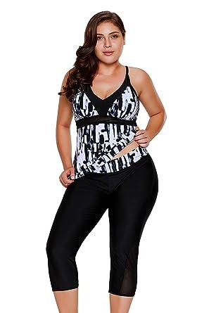 39d1c1250d FUSENFENG Womens Plus Size Two Piece Tankini Set Rash Guard Capris Athletic  Swimsuits (Black,