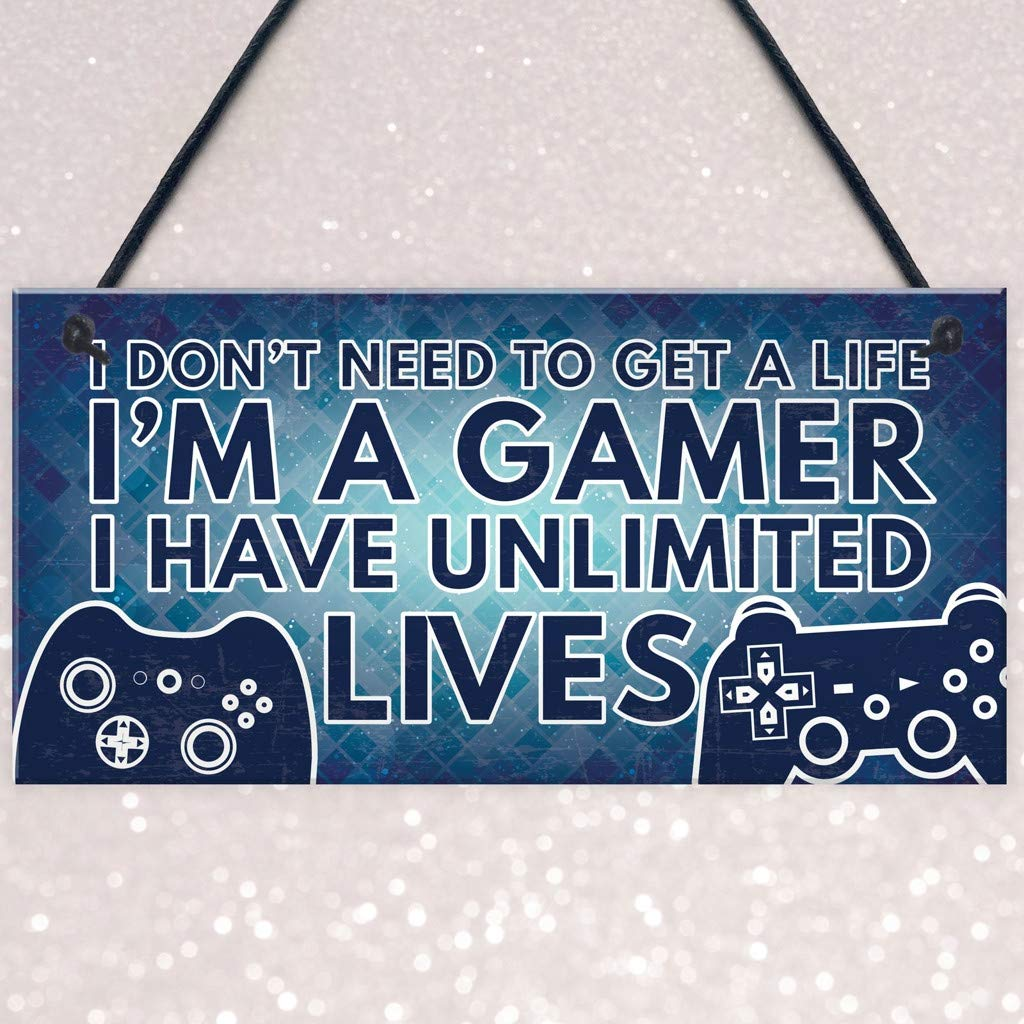 Clothful  Gamer I'm A Gamer Best Friend Gift Novelty Birthday Hanging Plaque Gift