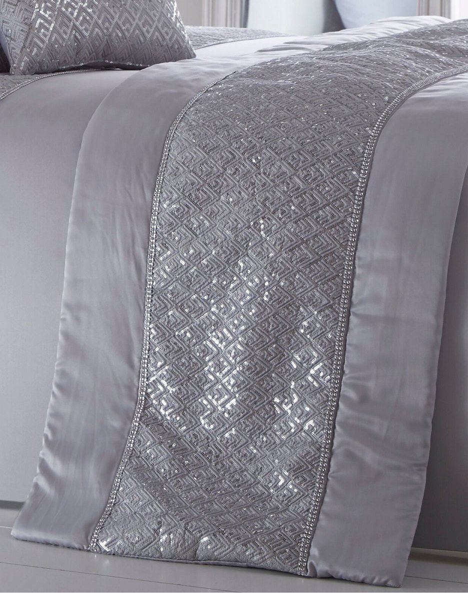 Portfolio LUXURY SEQUIN DIAMANTE QUILTED BED RUNNER THROW 50cm X 220cm SHIMMER SILVER GREY