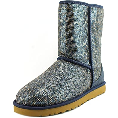4a095370bd8 Amazon.com | UGG Australia Women's Classic Short Glitter Boot | Shoes