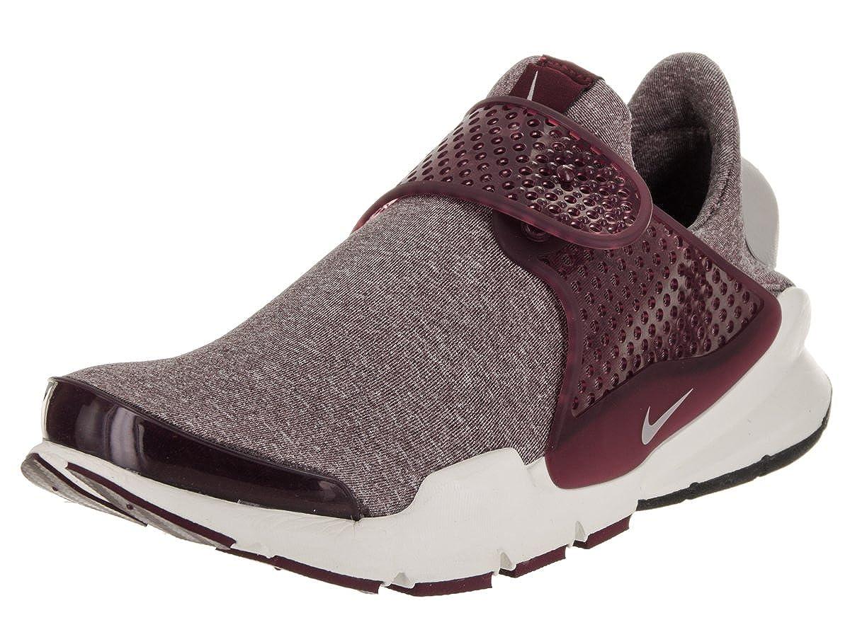 fc7d606b24e5c Nike Womens Sock Dart SE Running Low Top Athletic Shoes Purple 6 Medium  (B,M)