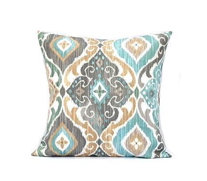 Amazon Com That Dutch Girl One Indoor Outdoor Ikat Print Pillow