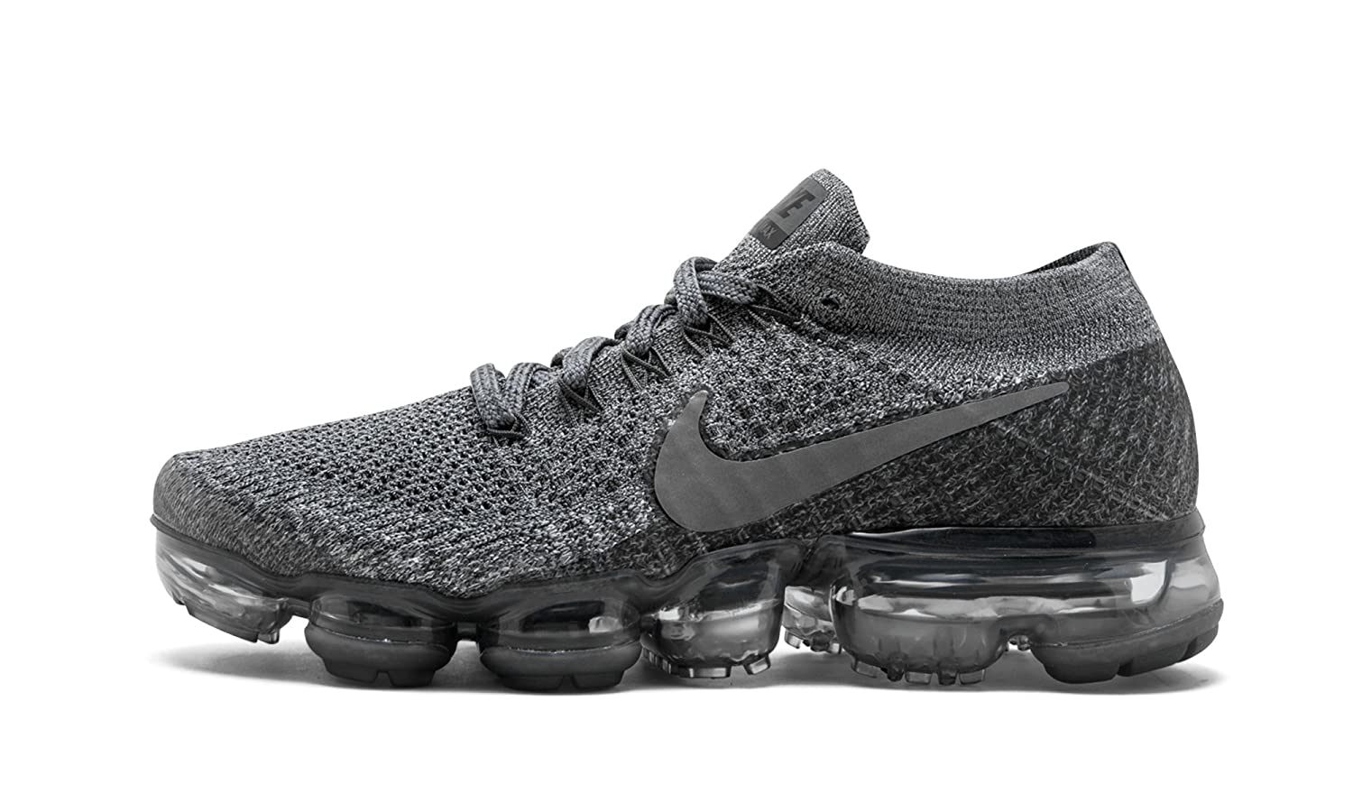 43ee779973c Amazon.com: Women's NikeLab Air VaporMax Flyknit Running Shoe: Clothing