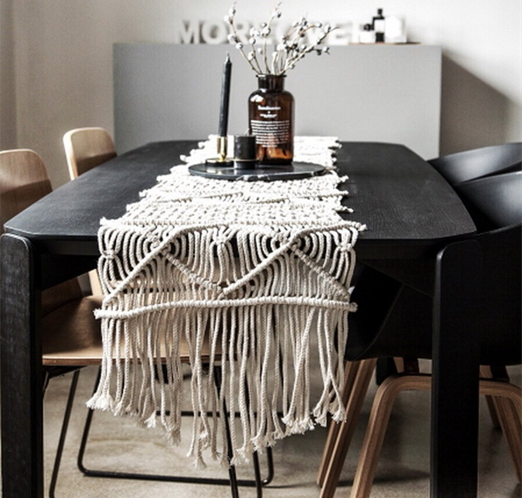 "LEEVAN Handmade Macrame Table Runner Gorgeous Handwoven Wedding Table Decoration Wedding Table Runner with Long Tassels Bedroom Art Decor (15.7"" W x 104"" L)"
