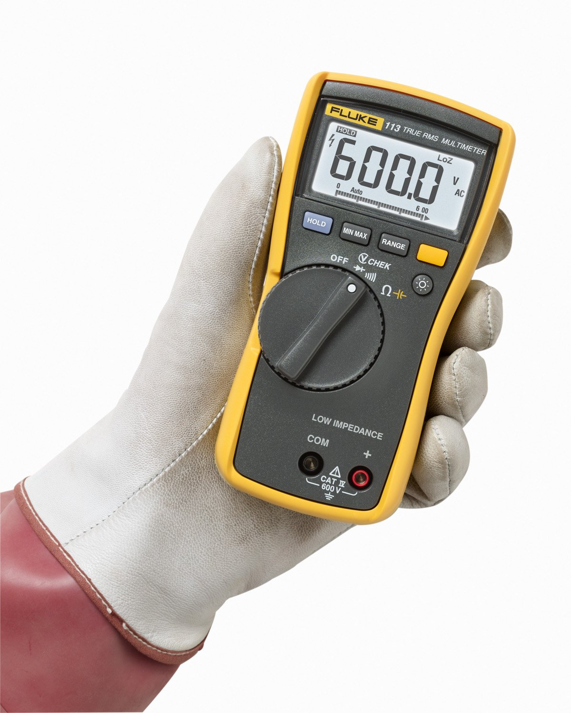 Fluke 113 Digital Multimeter Lcd 6000 Counts Cat Iii 600 V Amazon Basic Motorcycle Wiring Diagram Voltmeter Business Industry Science