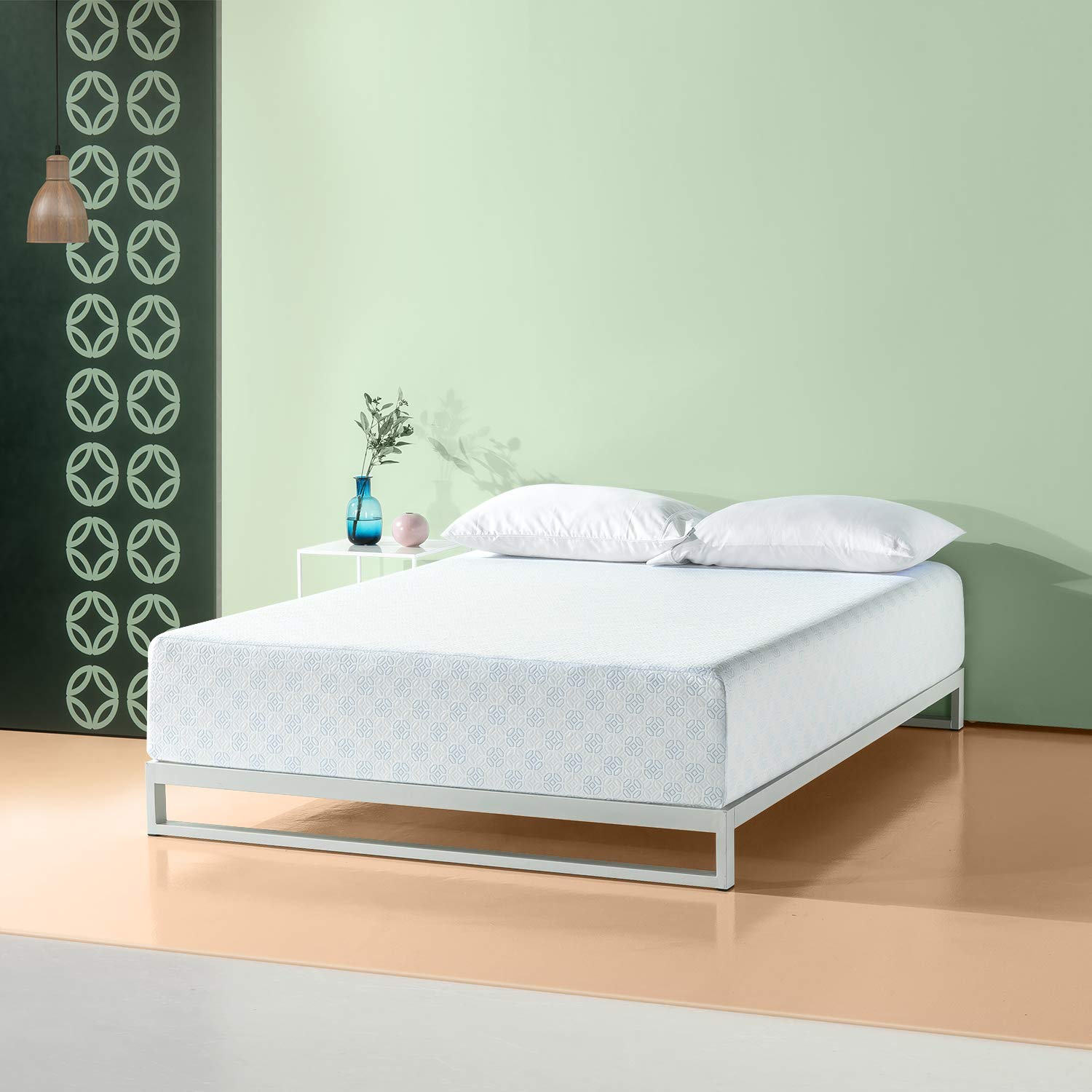 Zinus 12 Inch Gel-Infused Green Tea Memory Foam Mattress, Queen