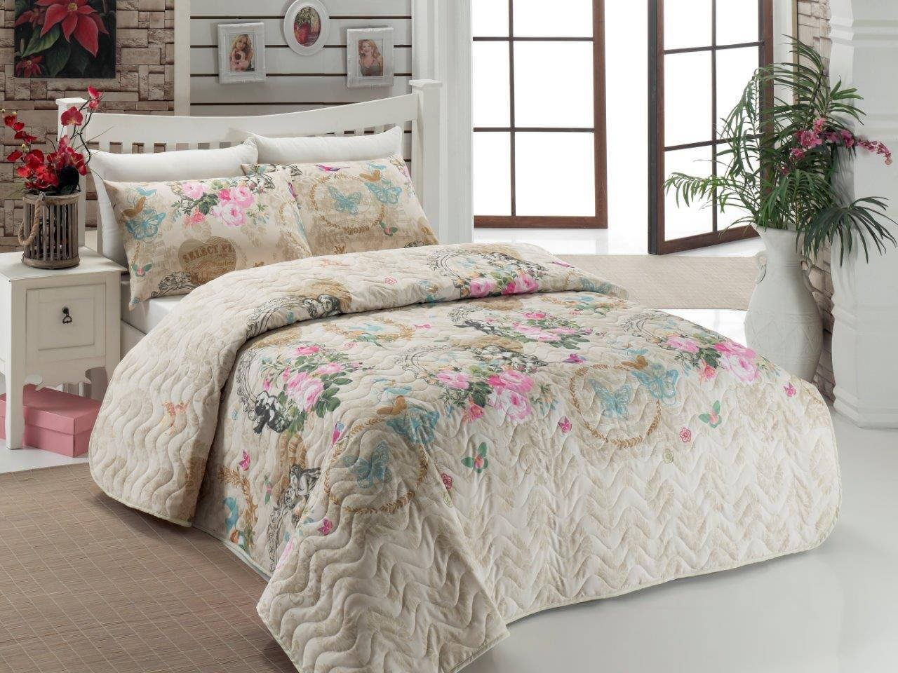 3 Pcs Soft Colored Full and Double Bed Size Bedroom Bedding 65% Cotton Double Quilted Bedspread Set 100% Fiber Filling Padded Butterfly Love Romantic Animal Pattern Shape Flower Leaf Bedspread Set