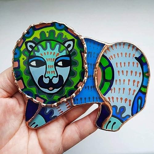 Hanging Lion Suncatcher, stained Glass Art, Lion Ornament, Wild live Art, Animal Ornament, Lion Lovers Gift, Window Decoration, Outdoor Glass Decor, Lion ...