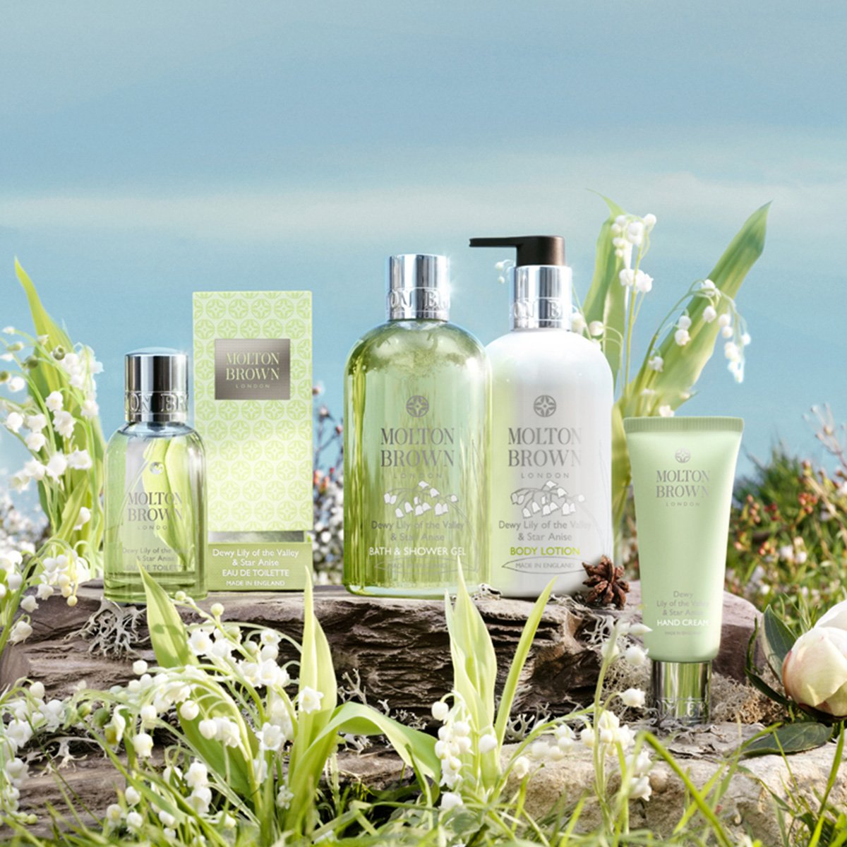 1f0eaf99ae302 Amazon.com  Molton Brown Dewy Lily of the Valley Star Anise Bath and Shower  Gel  Luxury Beauty