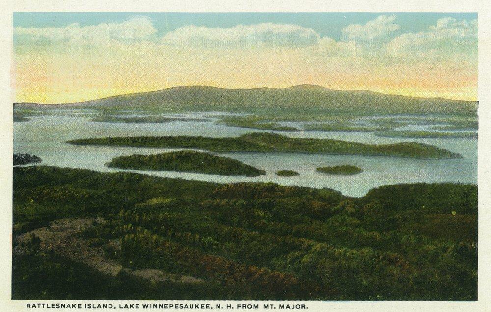 Lake Winnipesaukee, New Hampshire - Mt. Major Aerial View of Rattlesnake Island - Vintage Halftone (9x12 Art Print, Wall Decor Travel Poster)