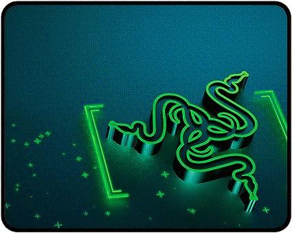 Image ofRazer Goliathus Gravity Control - Alfombrilla Gaming para ratón, Talla pequeña, Color Verde