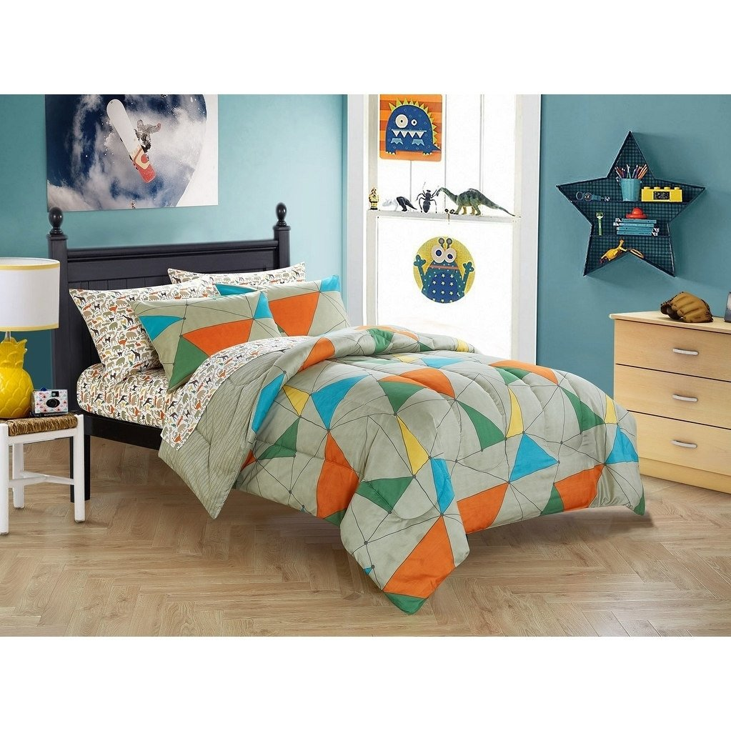 LV 5 Piece Kids Wild Animal Comforter Set Full Sized, Jungle Safari Rain Forest Animals Themed Bedding Abstract Geometric Triangle Line Pattern Grey Blue Yellow Green Orange, Polyester by LV